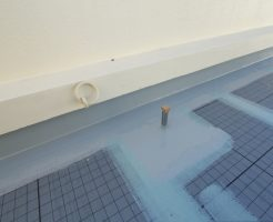 屋上の防水工事は修繕費か