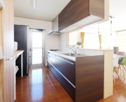 システムキッチンの取替工事は修繕費になるの?
