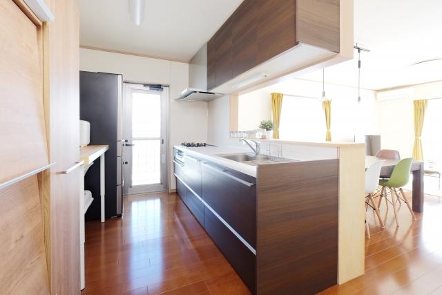 システムキッチンの取替工事は修繕費か資本的支出か
