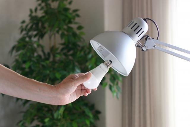 LED取替費用は修繕費(経費)